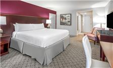 Hotel Crowne Plaza New Orleans Rooms - Renovated Astor King Guestroom