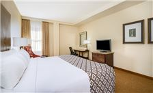 Hotel Crowne Plaza New Orleans Rooms - Historic Alexa King Guestroom