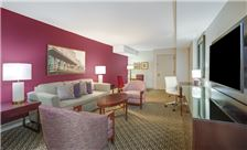 Hotel Crowne Plaza New Orleans Rooms - Suite Parlor