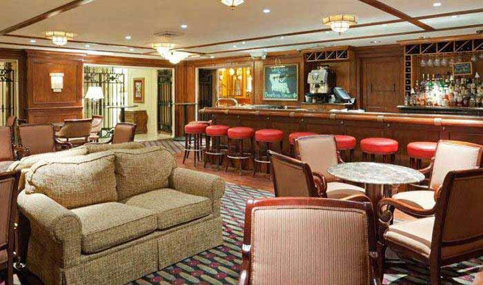 Astor Crowne Plaza New Orleans French Quarter Hotel