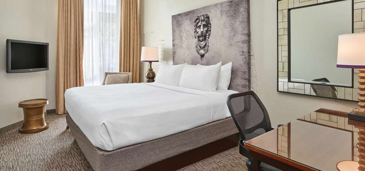 Astor Crowne Plaza - New Orleans French Quarter